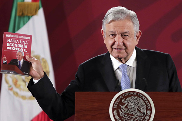 AMLO supera a Harry Potter en Amazon